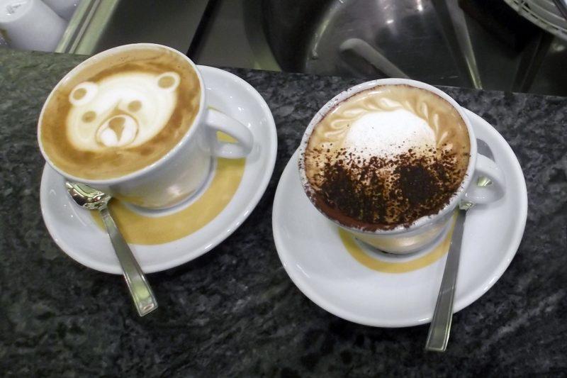 sbattitore elettrico per cappuccino